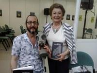 El Examen firmó en la Feria del Libro de Huelva